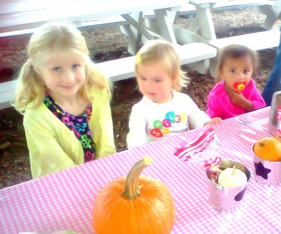 Emma, Mackenzie, and Ana